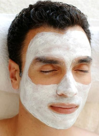 1man_with_a_facial_mask